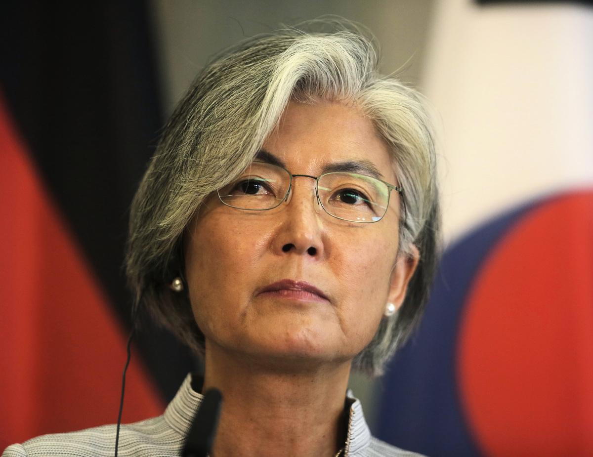 美國大選結果撲朔迷離之際,南韓外交部長康京和計劃在下周訪問華府。圖為康京和8月訪問柏林。(Markus Schreiber-Pool/Getty Images)