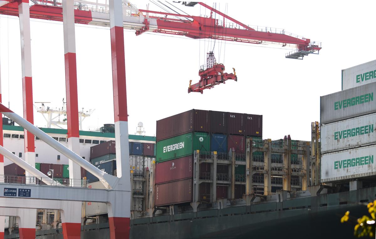 中美即將簽署第一階段貿易協議,有專家表示,不要只聚焦農產品採購,第一階段協議還包括更關鍵的結構性問題。(AFP)