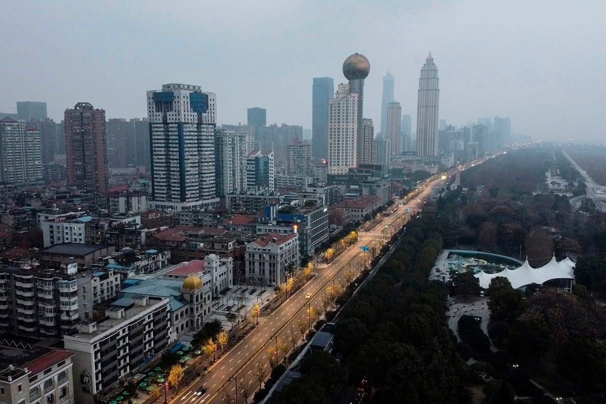 2020年1月27日,武漢市的住宅和商業建築鳥瞰圖。(HECTOR RETAMAL/AFP via Getty Images)