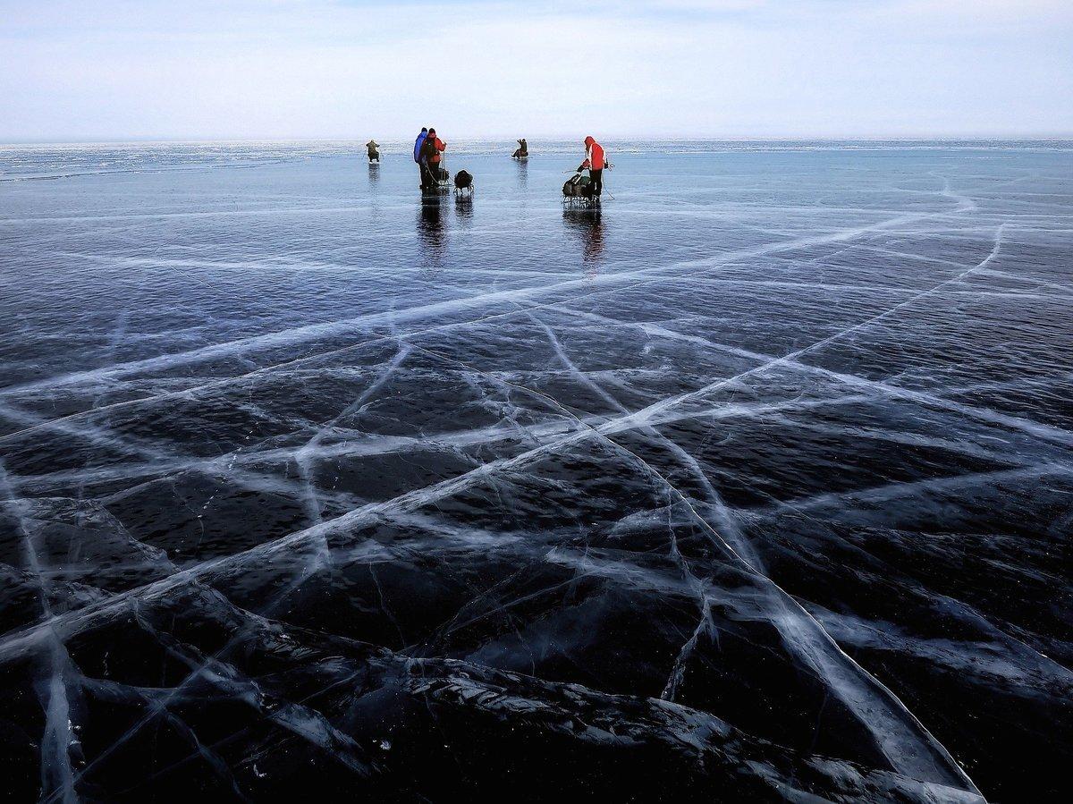 世界冰上高爾夫球錦標賽在俄羅斯貝加爾湖舉行。圖為湖面結冰的貝加爾湖。(Pixabay)