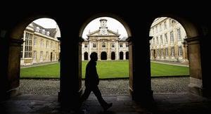 英大學被警告:依賴中國會帶來風險