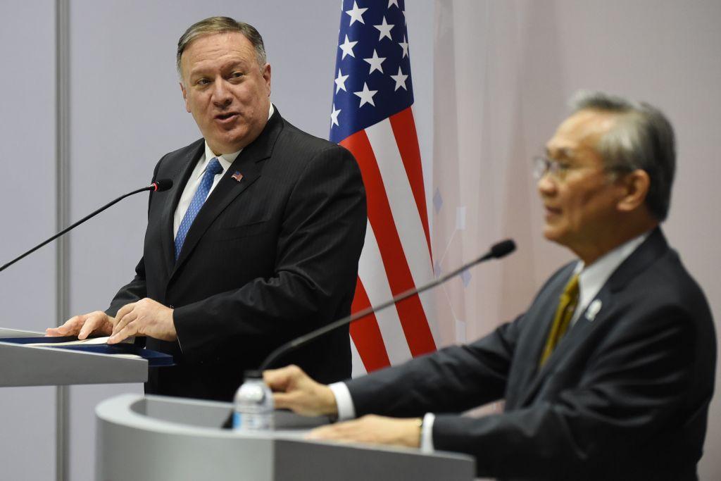 周四(8月1日),美國國務卿蓬佩奧在東盟外長年會上,再次抨擊中共在湄公河上建大壩和南海問題上,對東南亞鄰國進行「恐嚇」。(ROMEO GACAD/AFP/Getty Images)