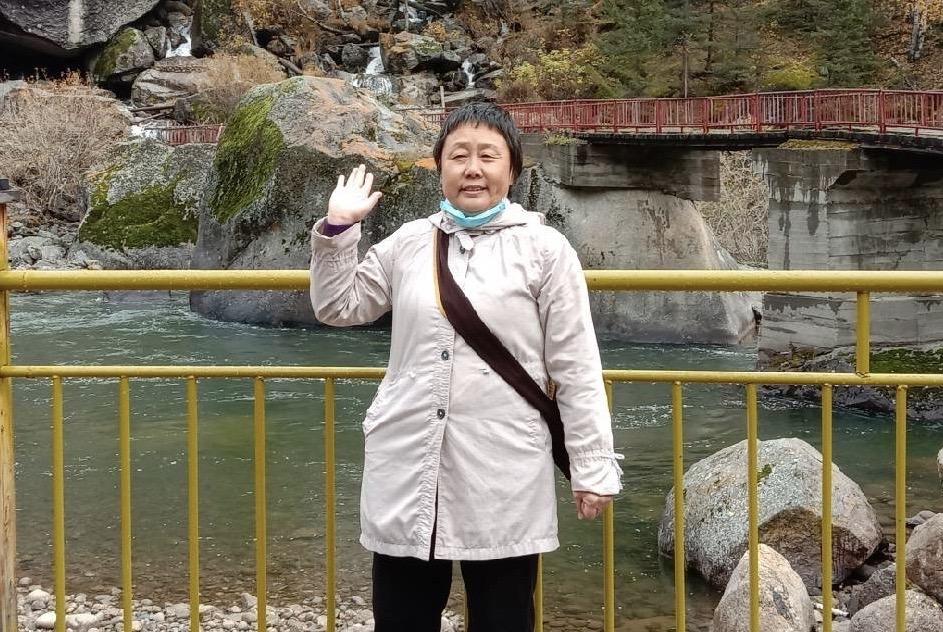 許翠琴因為父申冤,被非法羈押在新疆阜康市教育轉化中心677天。(網絡截圖)