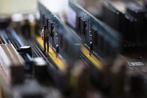 中美科技冷戰升溫 半導體晶片成核心戰場