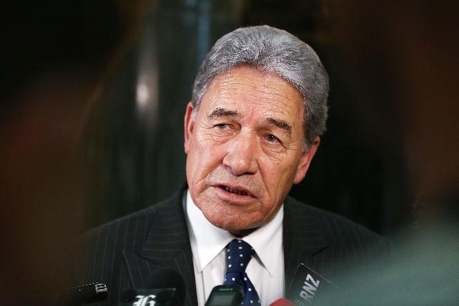 紐西蘭副總理兼外交部長溫斯頓‧彼得斯(Winston Peters)直言不諱地批評NZME媒體集團和中文《先驅報》。他表示,北京當局不會接受另一個國家控制其國內的媒體,紐西蘭同樣也不會接受。(Getty Images)
