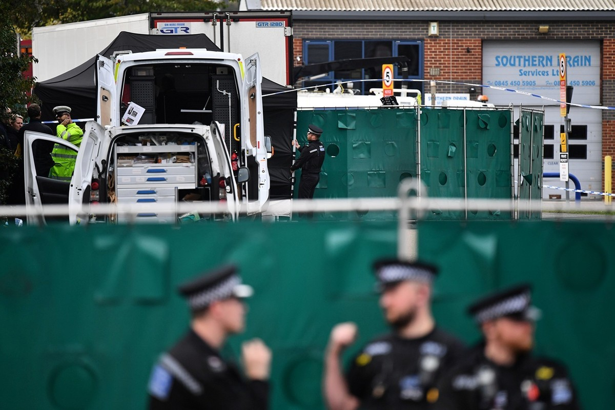 26歲越南女或命喪英國。家人表示,人販子告訴他們,偷渡很安全。(Ben STANSALL / AFP)