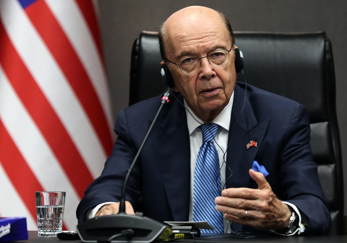 美國商務部長羅斯12月3日接受美媒採訪時表示,將達協議推遲到美大選後,將會消除中方的一些槓桿。圖為羅斯。(Adem ALTAN/AFP)
