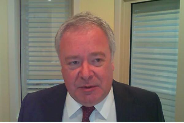2021年1月28日,澳洲戰略政策研究所執行董事彼得·詹寧斯(Peter Jennings),以遠程視訊的方式,參加了美國國會下屬機構——美中經濟與安全評估委員會(USCC)舉行的聽證會。(USCC影片截圖)