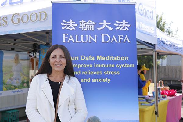 罐裝葡萄酒銷售公司合夥人、市場總監斯托克斯(Irene Stokes)。(李奕/大紀元)