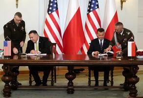 蓬佩奧訪問波蘭 簽署兩國防務協議