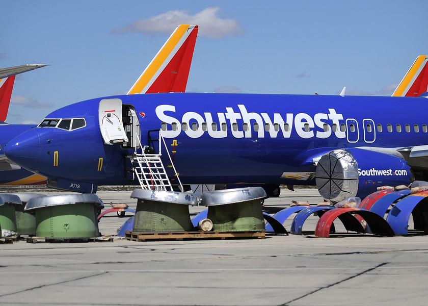 美國西南航空取消無薪休假 員工未接種疫苗可上班