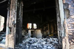 美駐巴格達大使館部份被燒燬 照片流出