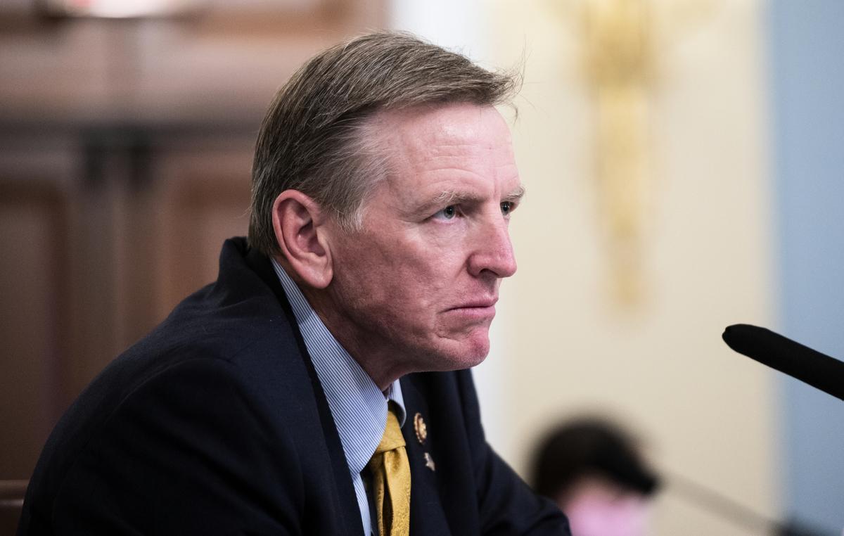 2020年7月28日眾議員戈薩(Paul Gosar)出席華盛頓聽證會。(Bill Clark-Pool/Getty Images)