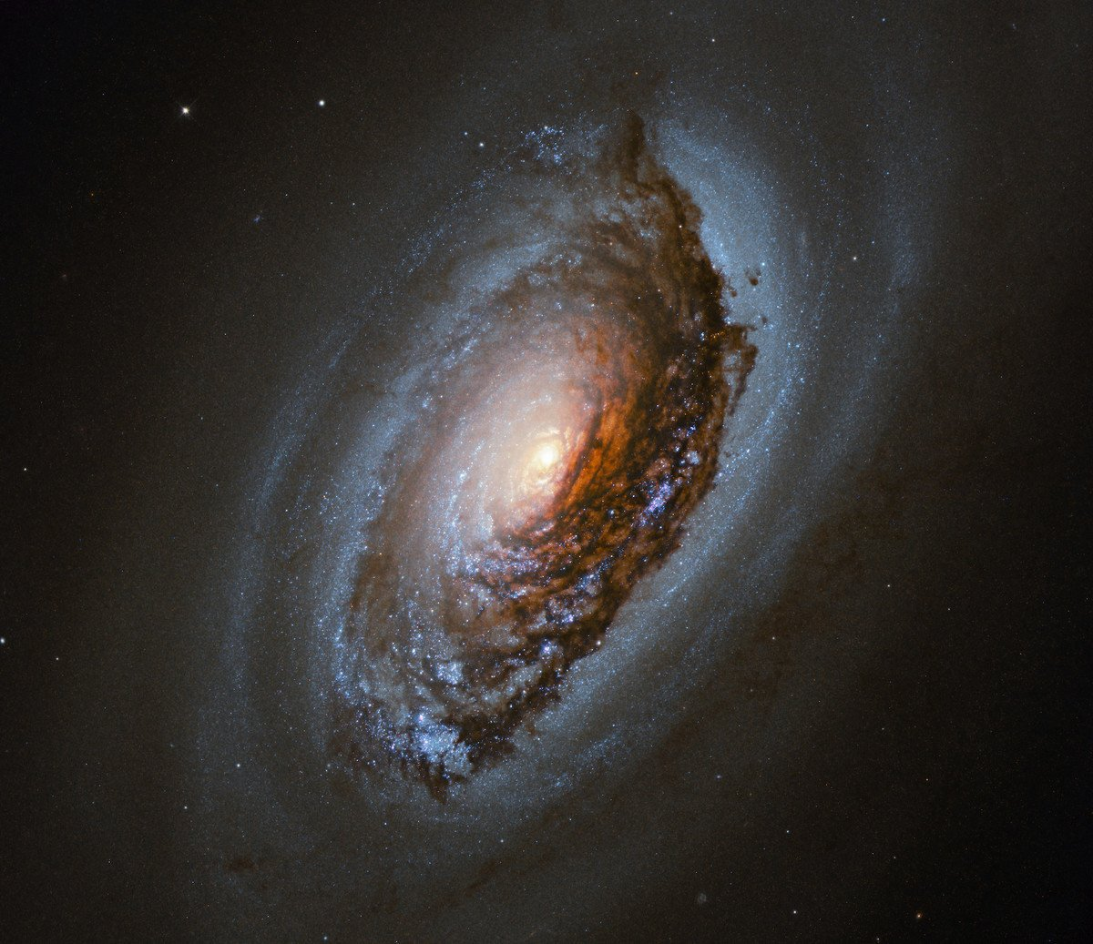(ESA/Hubble & NASA)