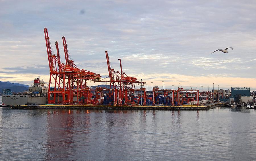 更多加拿大人傾向減少與中共貿易往來