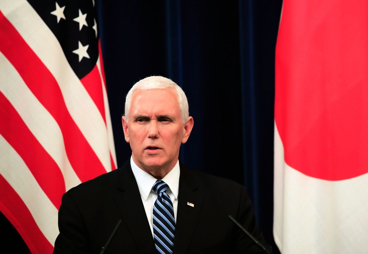 美國副總統彭斯表示,如果中共想避免與美國及其合作夥伴進行徹底冷戰,它必須從根本上改變其行為。且美國不會退縮。(FRANCK ROBICHON/AFP/Getty Images)