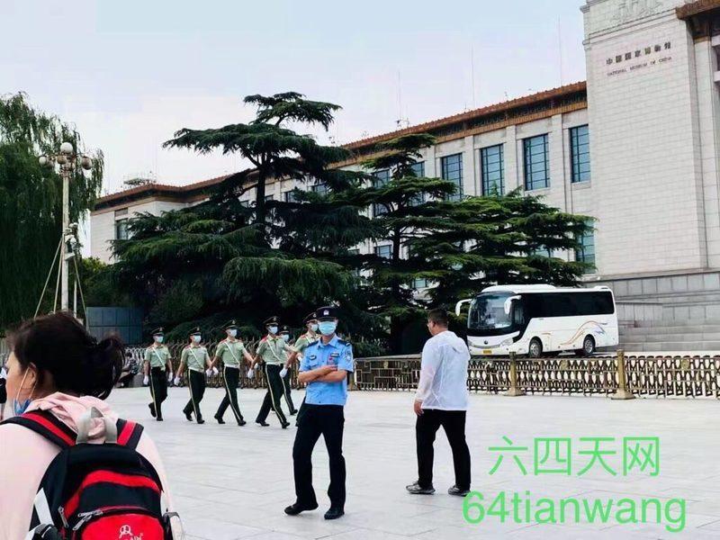 7.1前北京進入最高戰備 井蓋也安檢打封
