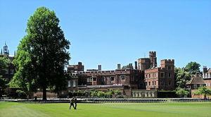 「Oxbridge」擴招公校畢業生 英私校生轉投海外升學