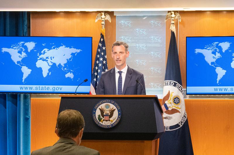 美國對北京恐嚇台灣表達「極大關切」