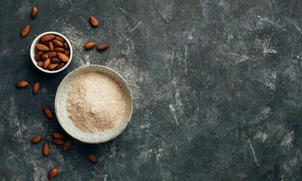 豆漿和杏仁奶生產過程中的副產品可以製成麵粉。(Shutterstock)
