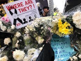 香港8.31一周年 眾星曬照貼片要真相