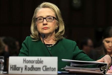 FBI文件:希拉莉逾千電郵從國務院消失