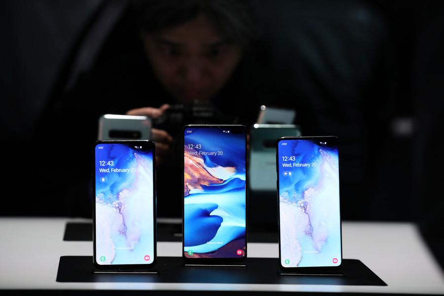 三星Galaxy S10和iPhone X系列大比拚