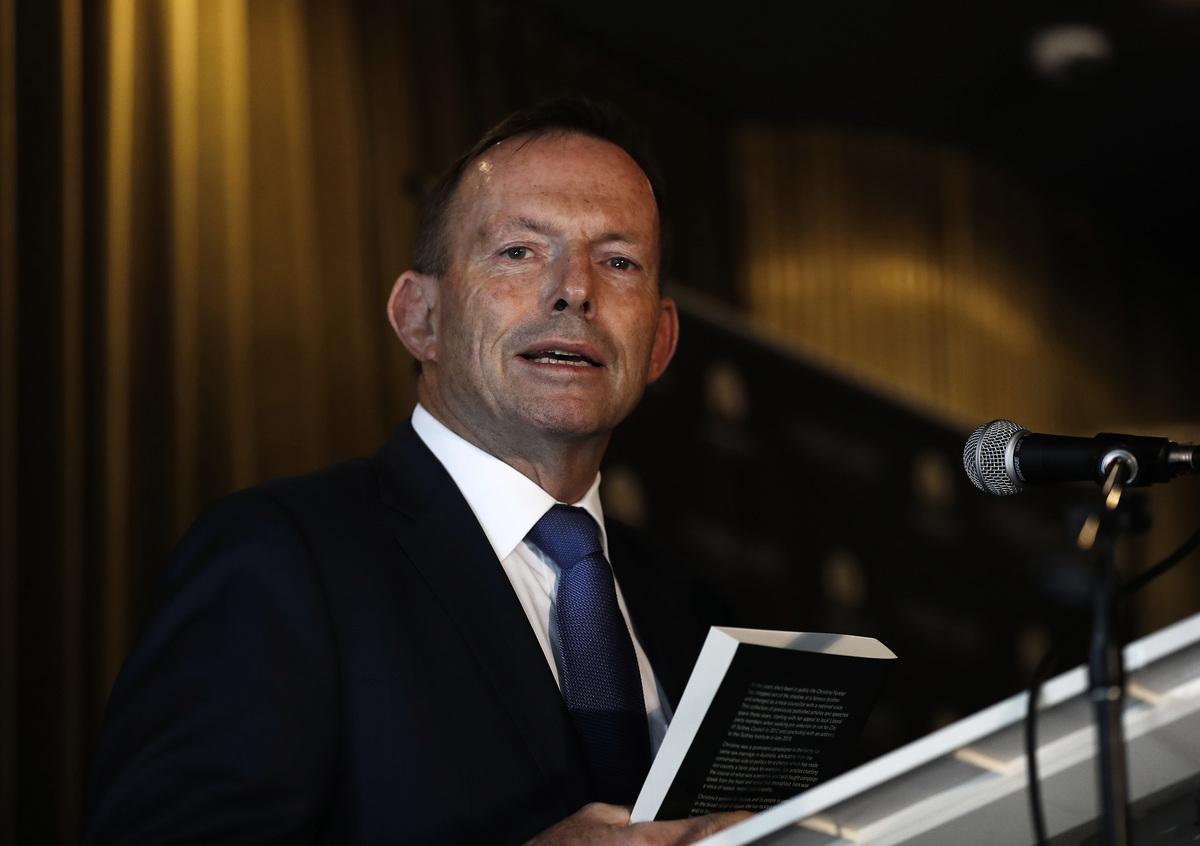 澳洲前總理艾伯特(Tony Abbott)敦促企業和學術界精英在和中共打交道時應該表現出自己的「品格」,拒絕接受「讓人出賣靈魂」的資金。(Ryan Pierse/Getty Images)