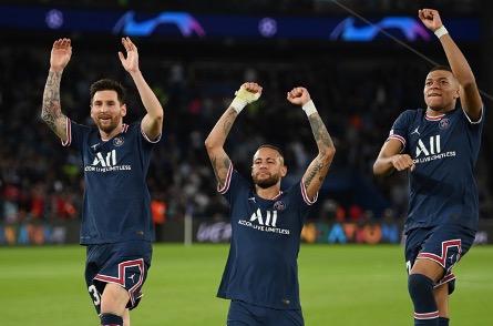 讓世界足壇無比期待的「MMN」(梅西,麥巴比,尼馬)組合,似乎只能維持一個賽季了。(Matthias Hangst/Getty Images)