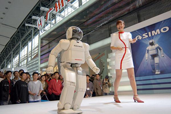 中美的關稅戰會影響到中共靠偷技術發展高科技產業的野心。(China Photos/Getty Images)