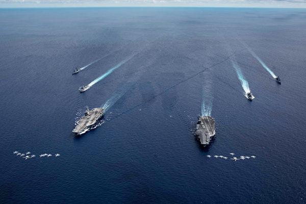2020年7月6日 ,尼米茲號(CVN 68)和列根號(CVN 76)航母艦隊在南中國海進行雙航母演練。(美國印太司令部)