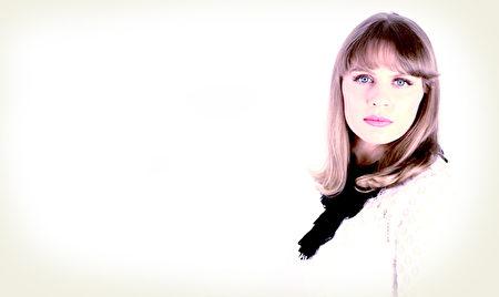尤利婭(Yulia),是獨立樂隊「臨時居民」(The Temporary Residents)樂隊的主唱和聯合創始人。(由「臨時居民」樂隊提供)