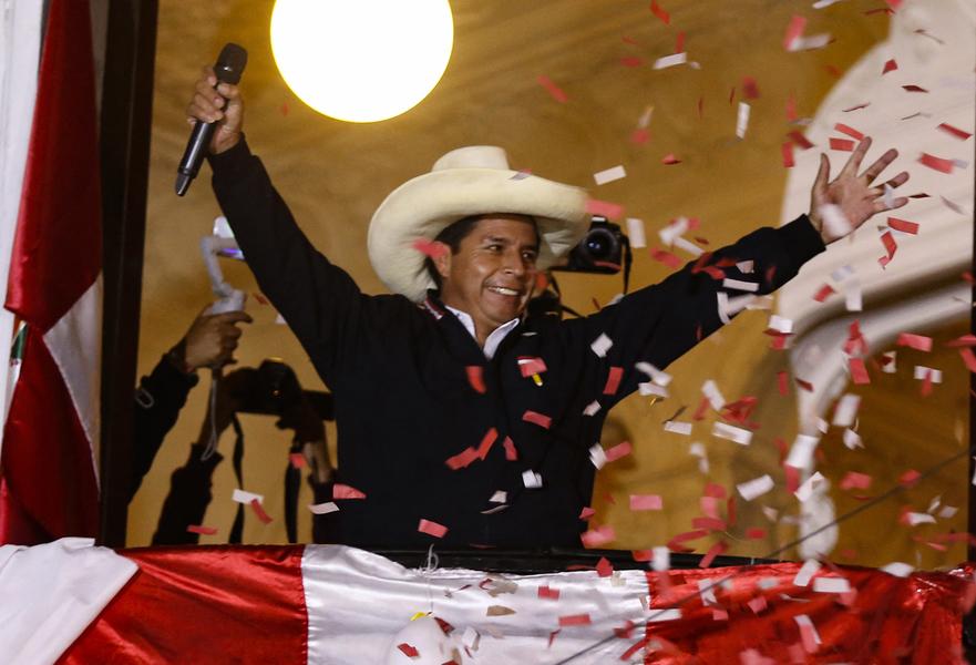 秘魯總統大選陷膠著 左派工會領袖宣佈勝選