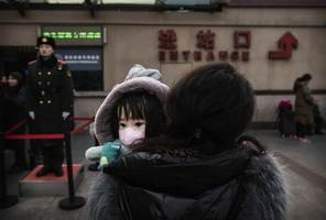 中共用維穩控疫情 陸委會:陸民不滿持續上升