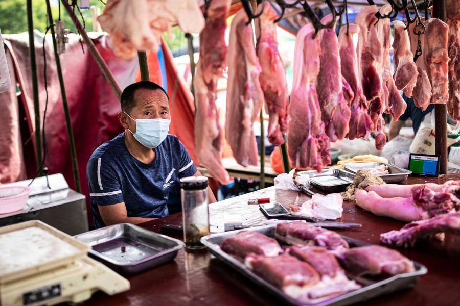 大陸豬肉價格大跌 當局喊話民眾多吃豬肉惹議(影片)