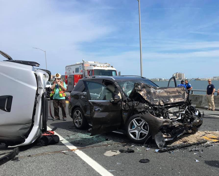 美國馬里蘭州大洋城5月2日發生交通事故的現場。(大洋城消防局提供)