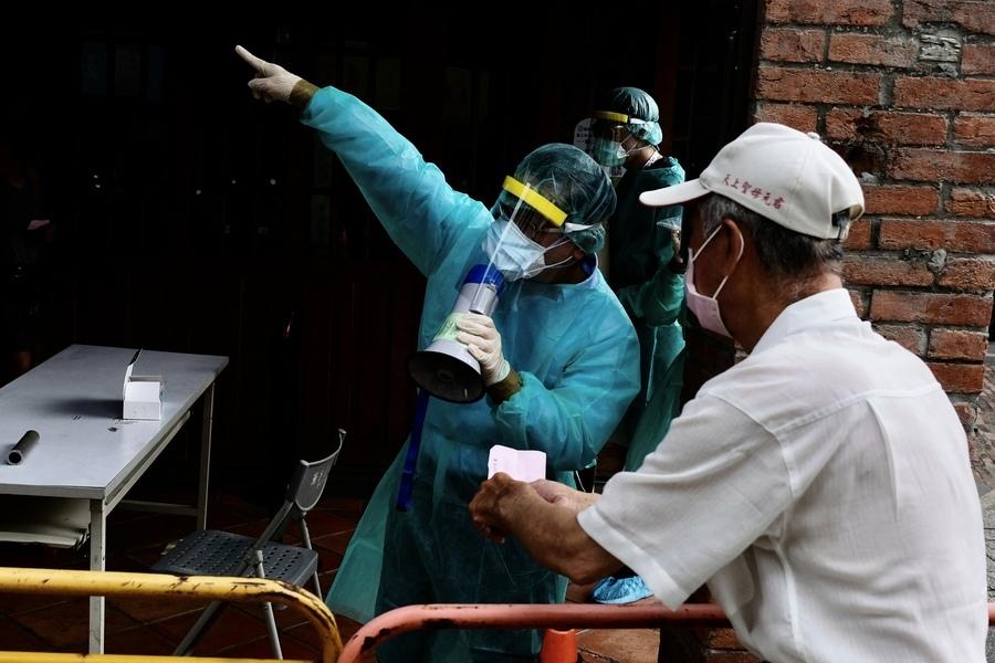 台灣確診激增 日本作家卻看好2防疫關鍵