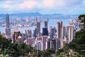 香港民眾為移民賣房 待售房屋大增44%