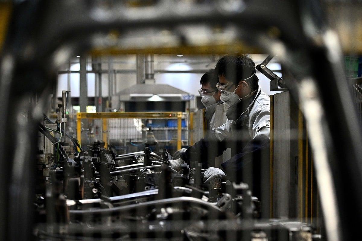 中共病毒疫情下,越來越多的跨國企業正在受到中國供應鏈停頓的衝擊。(NOEL CELIS/AFP via Getty Images)