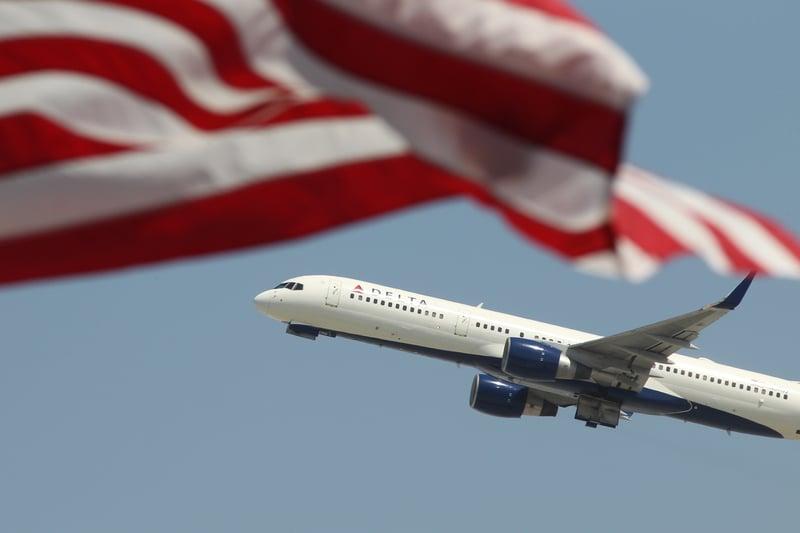 2020年6月15日,美國運輸部表示,將繼續敦促中美之間客運航班全面恢復,這麼做的部份原因是幫助因缺少航班,而無法回家的中國學生返國。(Getty Images)