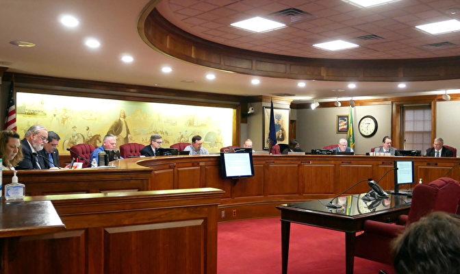 美維州第八縣決議 強烈譴責中共迫害法輪功