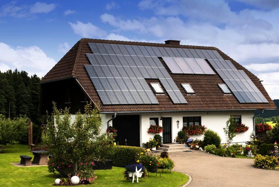 屋頂太陽能板發電夠全世界使用嗎?
