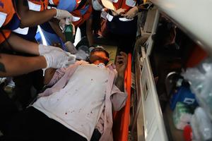 組圖:緬甸民眾持續抗議 警方武力驅散人群