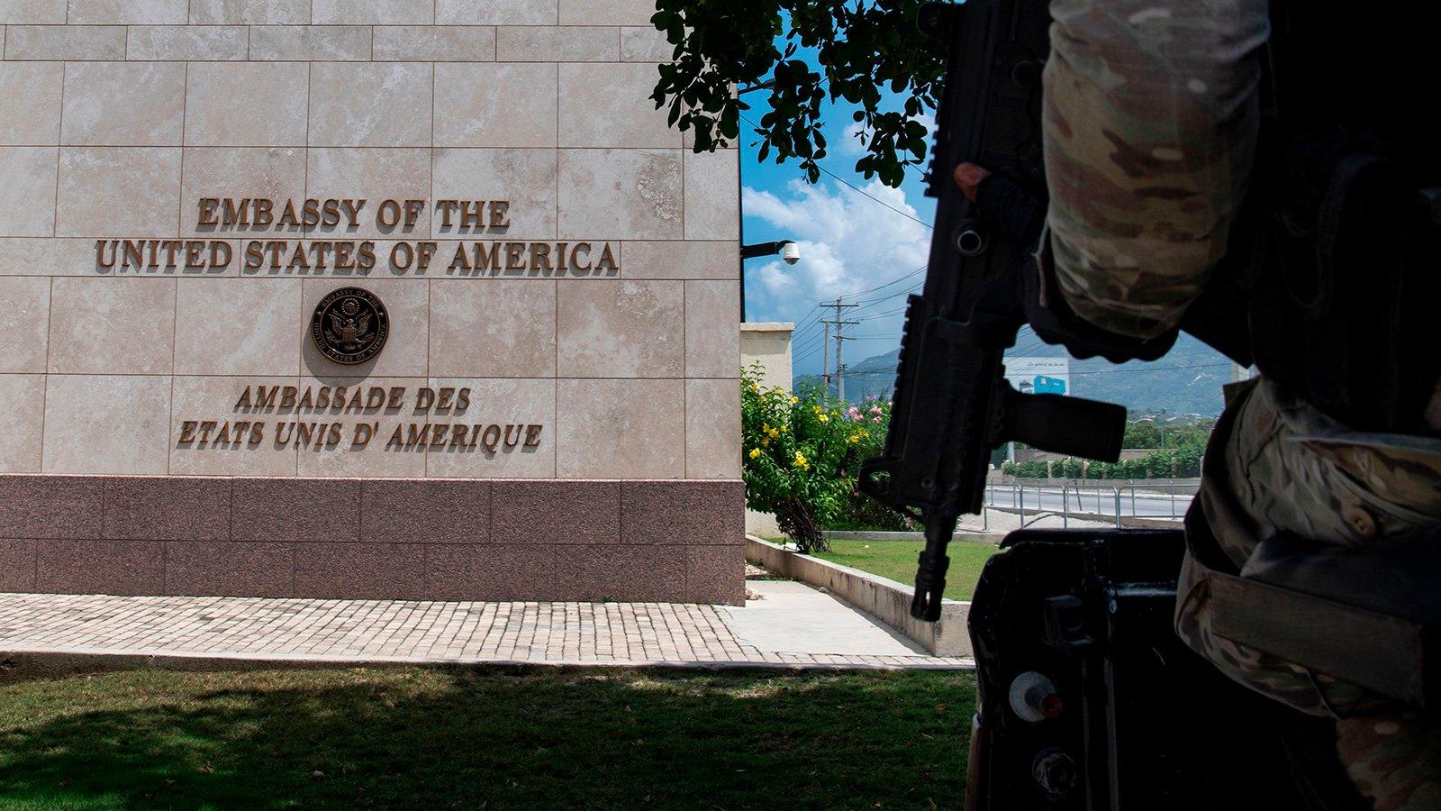 圖為美國駐海地大使館。(攝於2019年4月29日)(CHANDAN KHANNA/AFP via Getty Images)