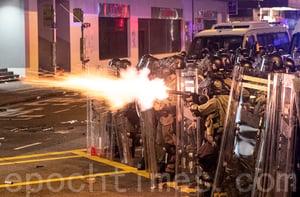 可心:香港警察有選擇「槍口抬高一寸」的權利