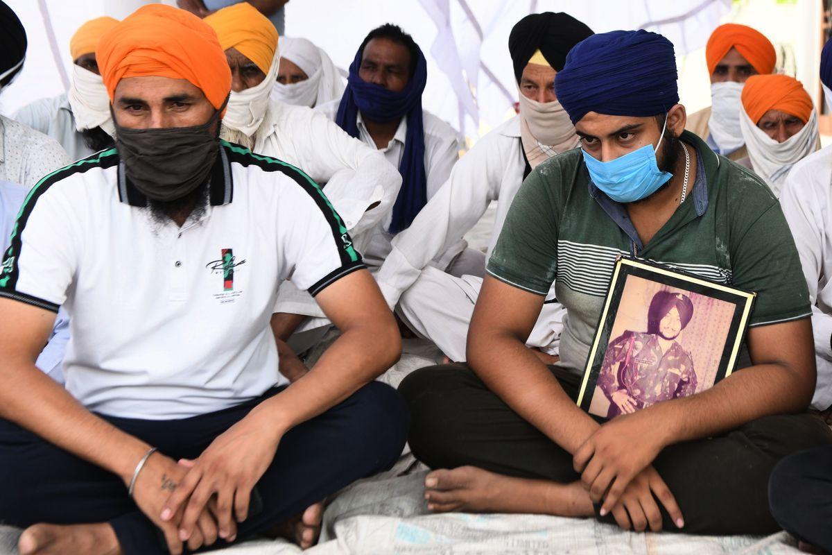 在中印衝突喪生的印度軍人的家屬。(NARINDER NANU/AFP)