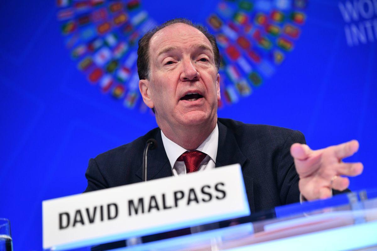 2019年4月11日,在華盛頓國際貨幣基金組織總部舉行的國際貨幣基金組織-世界銀行春季會議期間,世界銀行行長戴維・馬爾帕斯(David Malpass)在新聞發佈會上講話。(MANDEL NGAN/AFP/Getty Images)
