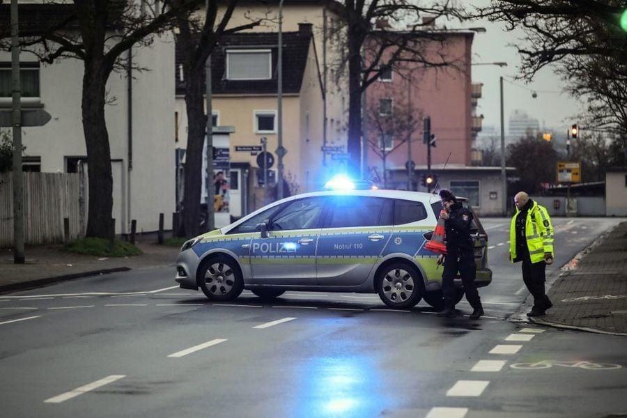 德警突襲「偷渡公司」 疑犯恐面臨十年監禁