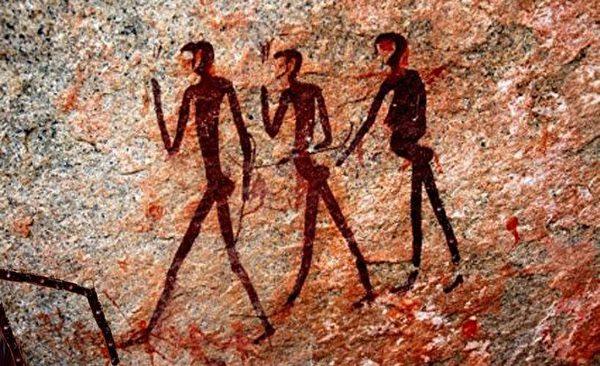 考古學發現的許多人類文明遺蹟,是幾萬年、甚至幾億年前的史前文明。每一個遺蹟都是對達爾文簡陋進化論擲地有聲的挑戰。圖為阿爾卑斯山的遠古岩石壁畫。(明慧網)