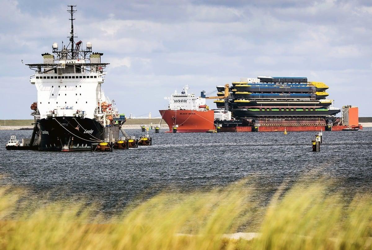 荷蘭一份報告指出,中企在歐洲港口的商業參與已被中共日益政治化。圖為荷蘭鹿特丹港口。(Photo by Koen van Weel / ANP / AFP)